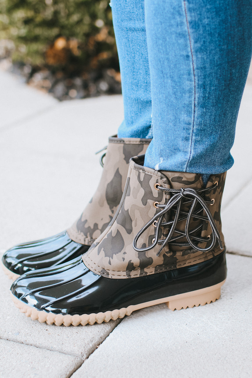 Camo Print Lace Up Duck Boot