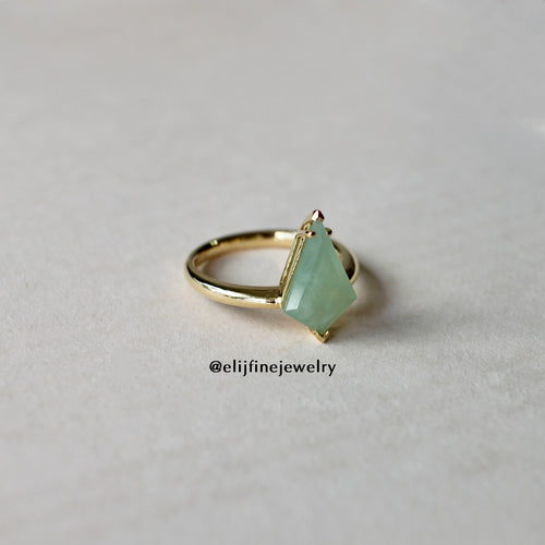 Jade Gems Kite Green Jadeite Ring
