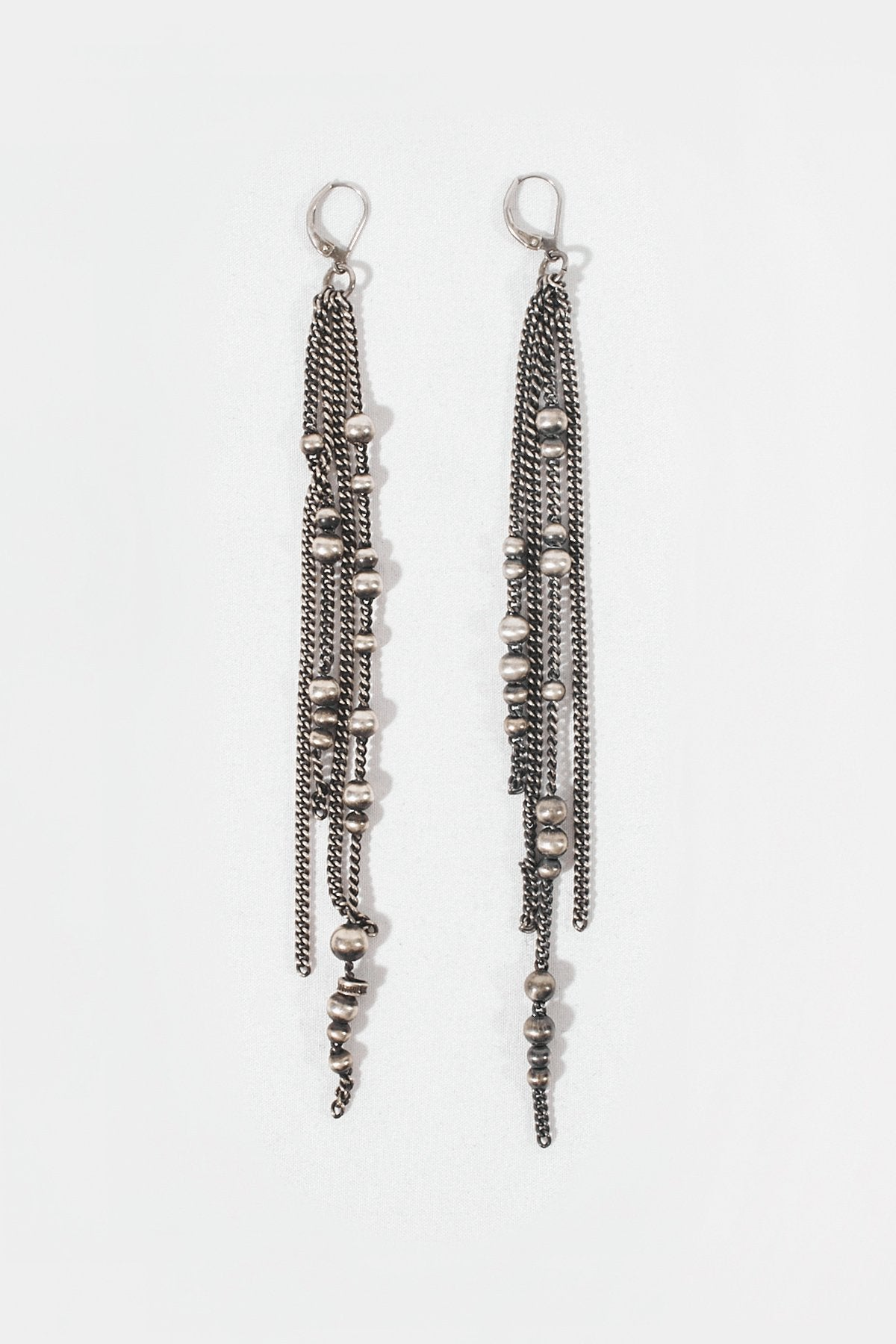Fine Pearls Earrings
