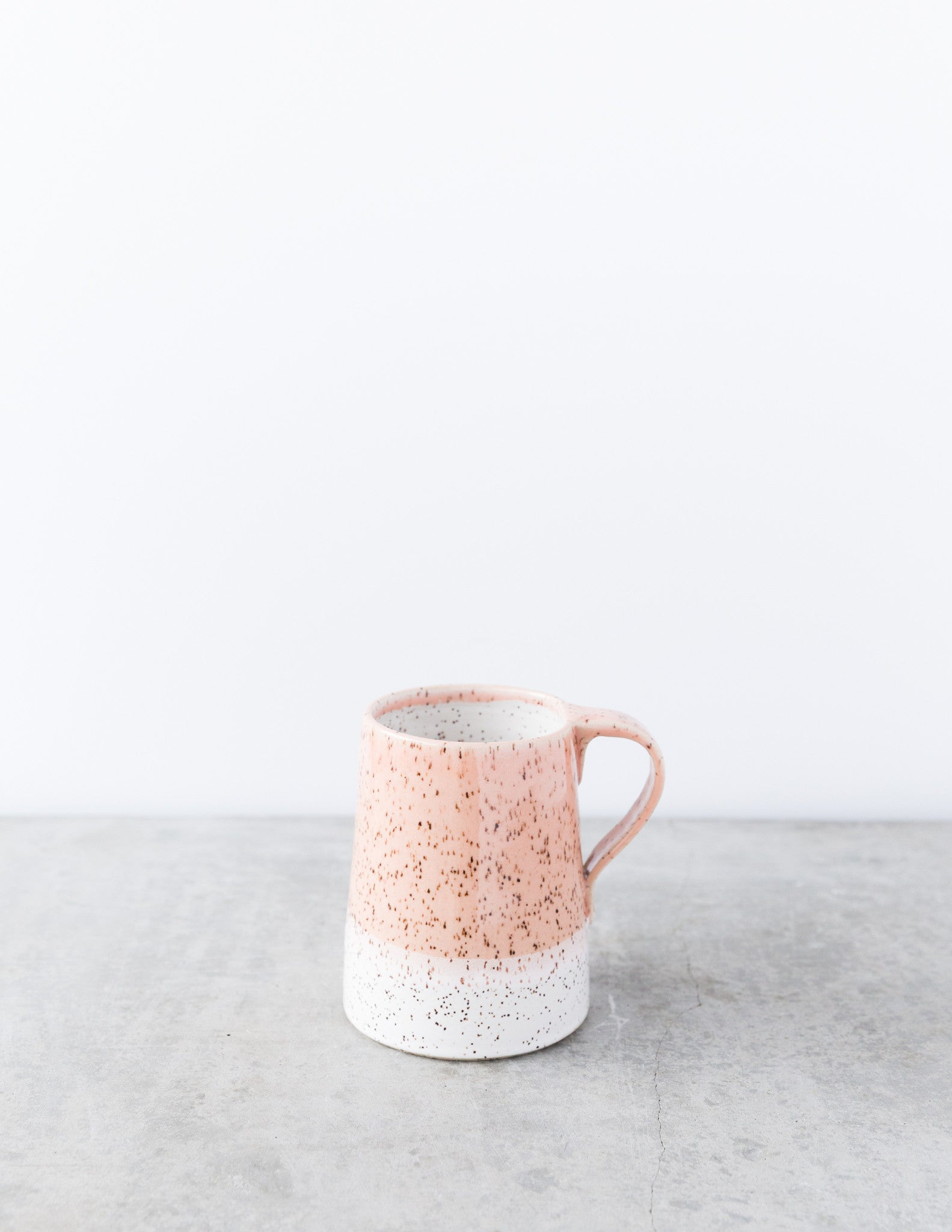 Dahlhaus Dipped Speckled Mug in Pink