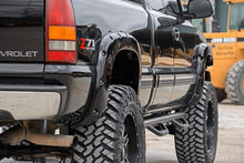 Load image into Gallery viewer, 1999-2006 Silverado / Sierra 1500 2WD / 4WD Pocket Fender Flares w/ Rivets