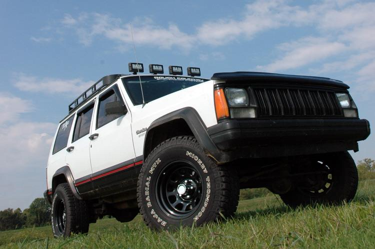 3-inch Suspension Lift System Rough Country 630P