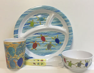 Happy Hatchlings Dinnerware Set