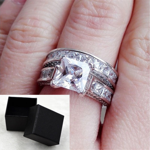 A pair of wedding rings with zircon