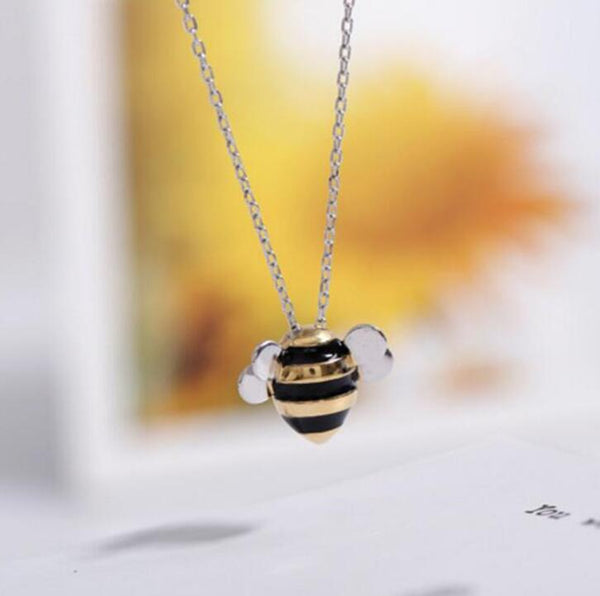 Korean fashion cute bee exquisite creative female personality pendant necklace