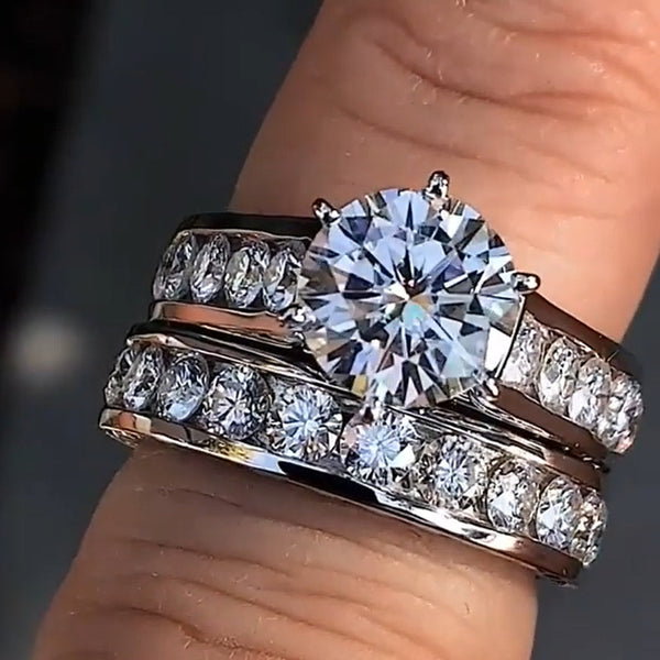 Platinum-plated zircon-plated couple ring