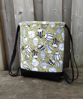 Drawstring Backpack in Tea pots print