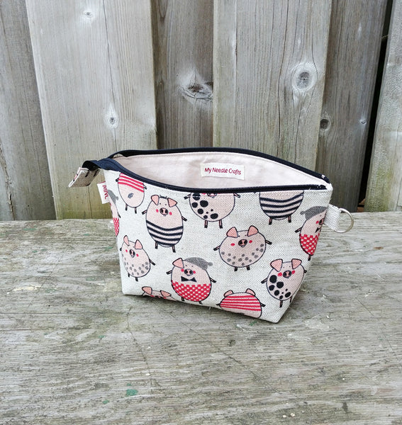 PiggyPrint Zippered Pouch for Knitting Notions