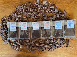 6 DARK CHOCOLATE BARS (1.2oz each) GIFT SET