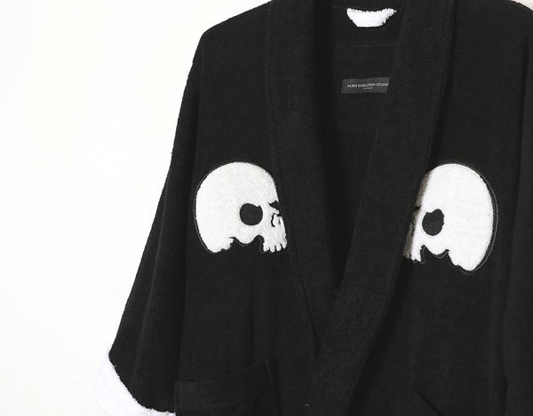 Aes Skull Bathrobe