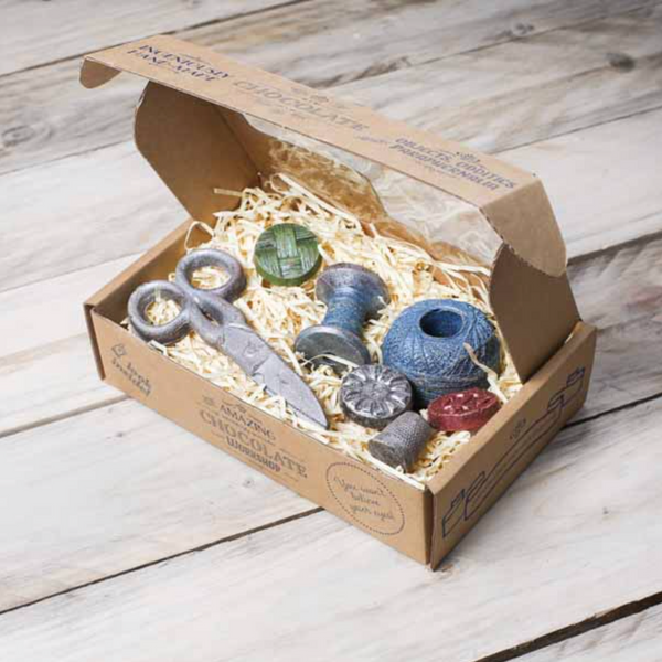 Wool Ball, Cotton Reel, Scissor & 4 Buttons Gift Box