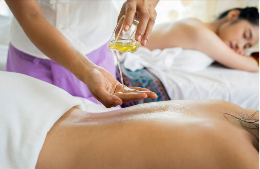 Everything you need to know about aromatherapy massage
