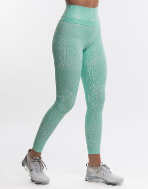 Echt Rhythm Leggings - Cabbage Green