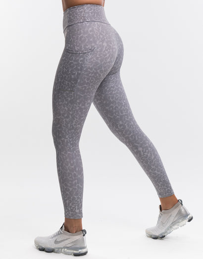 Wild Pocket Leggings - Grey