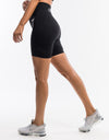 Arise Shorts - Black