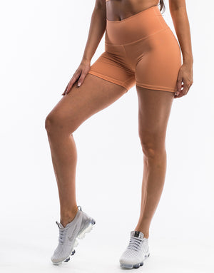 Echt Force Scrunch Shorts - Peach