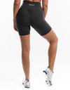 Echt Enforce Scrunch Shorts - Black