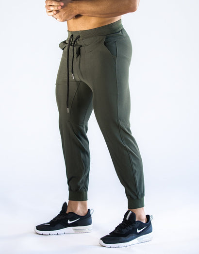 Echt Training Tech Joggers - Olive