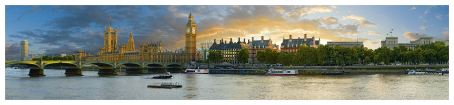 LDN-003 - The Houses of Parliament and Westminster Bridge Panoramic Postcard