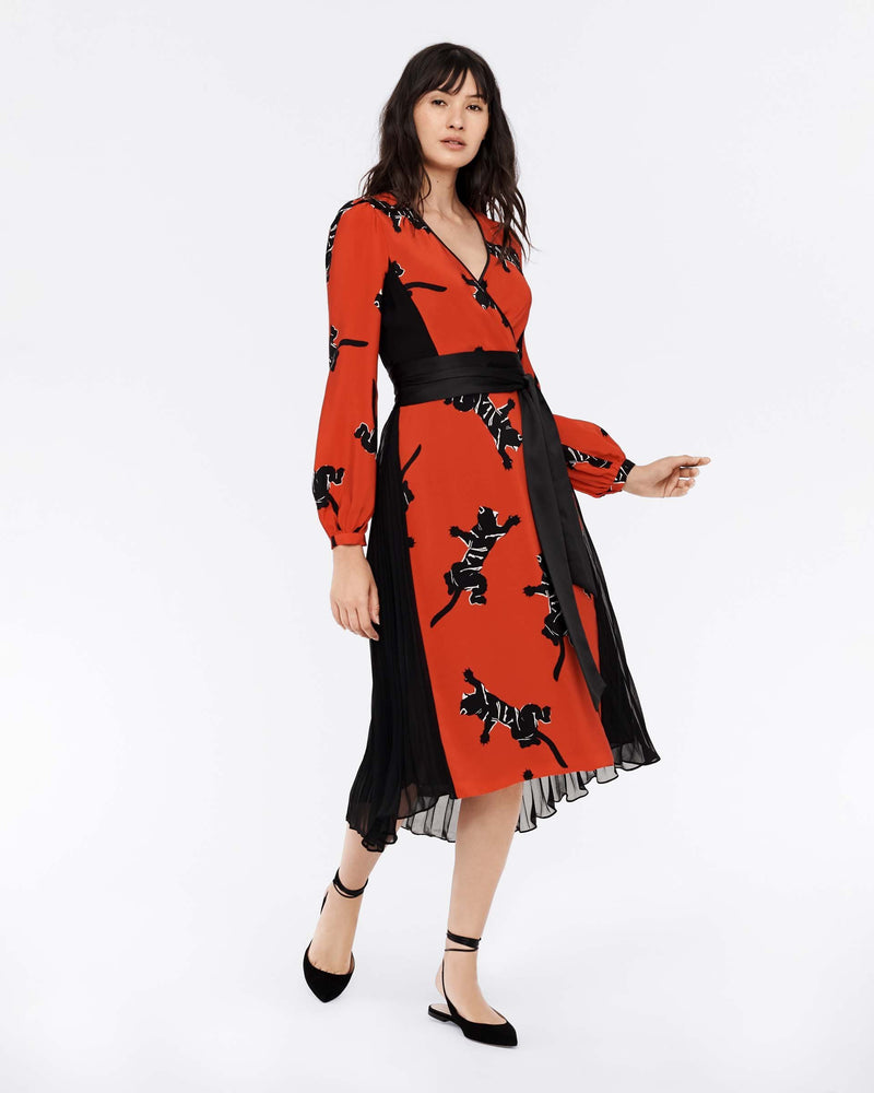 Ariadne Silk Crepe De Chine Wrap Dress in Climbing Panther Red/Black