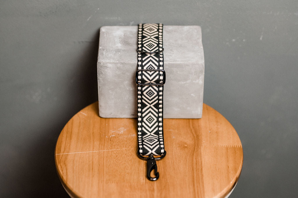 "Halsband Hugo ""Boho Black & White"""