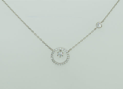 Korean fashion necklace Polaris in Silver Rhodium color is presented on the white background.