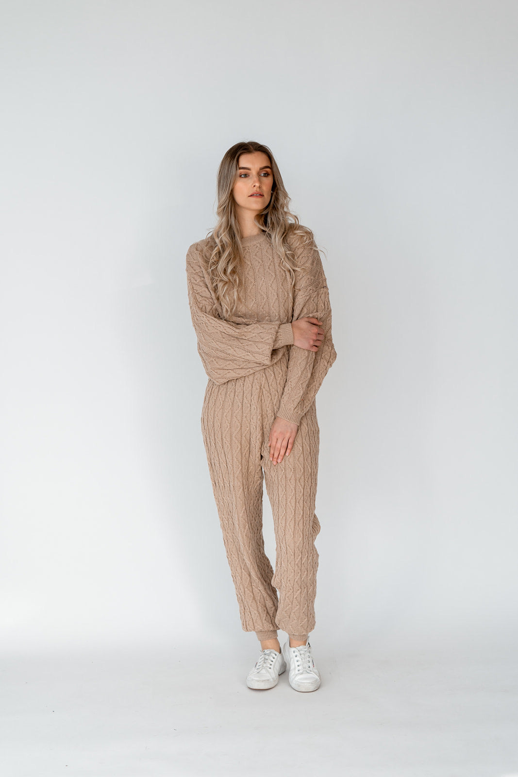 DANBURY KNIT SET - BEIGE