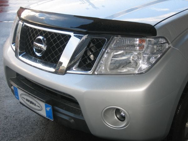 Nissan Navara Tinted Bonnet Guard