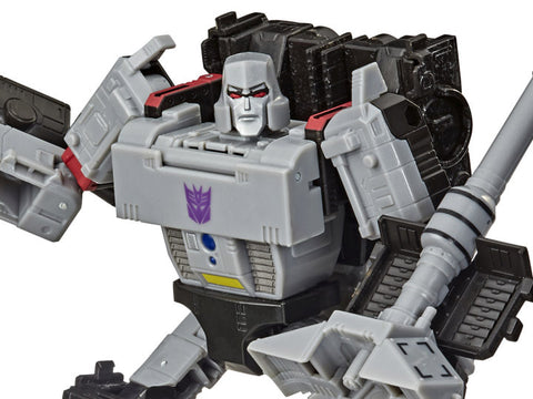 Transformers War for Cybertron: Earthrise Voyager Megatron - Toy Snowman