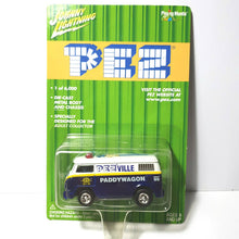 Load image into Gallery viewer, Pez Johnny LIghtning Mini Cars