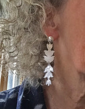 Load image into Gallery viewer, Silver and white enamel flower earrings