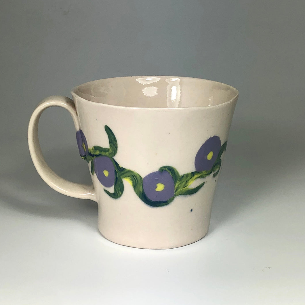 Mug with lavender inlay