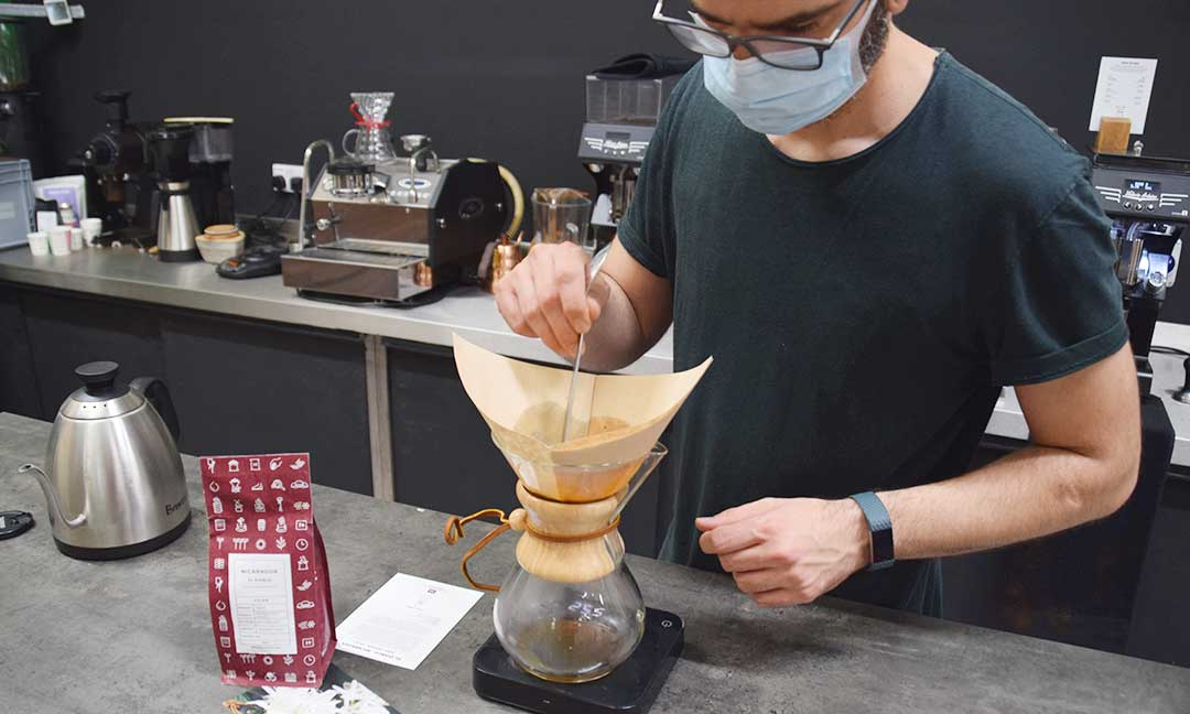 Brewing Chemex filter coffee at 39 Steps Coffee training campus and roastery