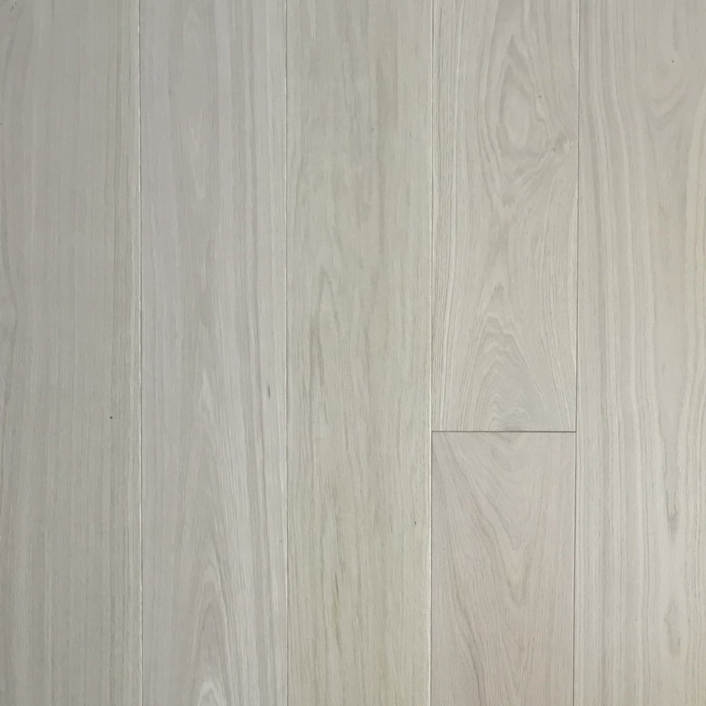 Hakusan - Structural Engineered Oak Lacquered - Marcias Flooring