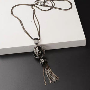 Black Trapped Pearl with Tassel Necklace