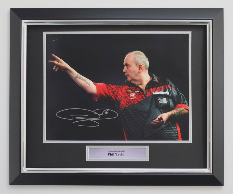 PHIL TAYLOR - 2018 WORLD CHAMPIONSHIP - DELUXE FRAME