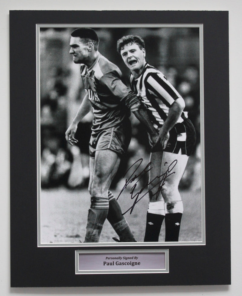 PAUL GASCOIGNE SIGNED - CROWN JEWELS - BLACK & WHITE PHOTO 2 - PRE FRAMED MOUNT