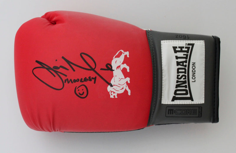 JAMIE MOORE PERSONALLY SIGNED - LEFT HANDED BOXING GLOVE - LANDCAPE SIGNATURE