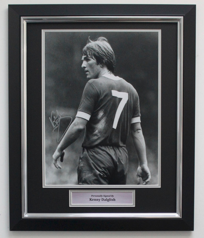 KENNY DALGLISH SIGNED PHOTO - LIVERPOOL LEGEND - PREMIUM FRAME