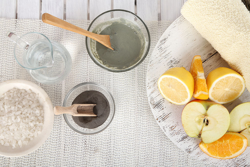Make your own face mask with natural products