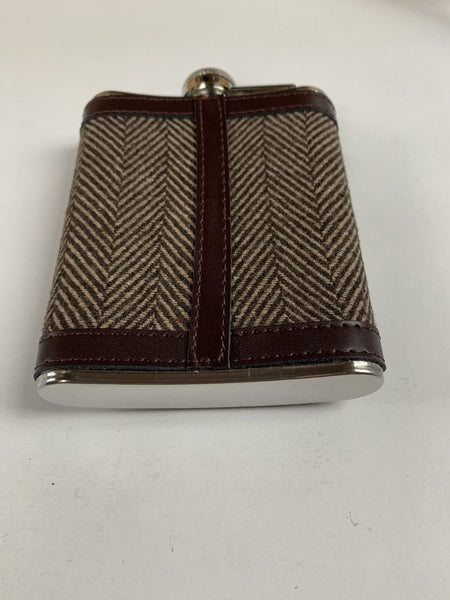 Tweed Herringbone Clad 6oz Hip Flask with Leather trim Engraved with message