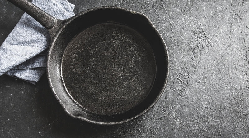Cast Iron Utensils - 30 way to go plastic-free - Clan Earth