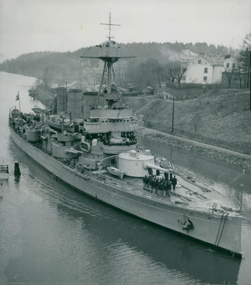 Armored ship Oscar II - 10 December 1946 - Reprint