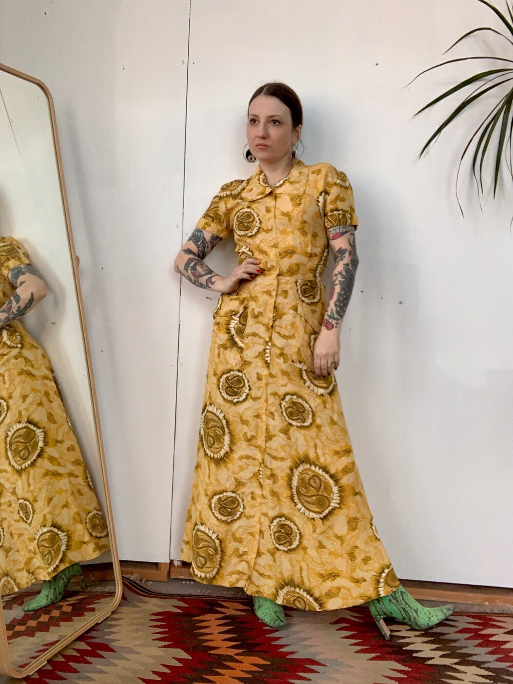 1940s Yellow Paisley Dressing Gown