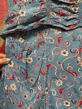 Load image into Gallery viewer, 1940s Blue Floral Day Dress