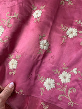 Load image into Gallery viewer, 1930s Embroidered Satin Dressing Gown