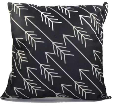 Geometric cushion cover black and white arrows