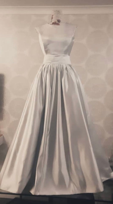 Gown using oyster satin Supreme 1