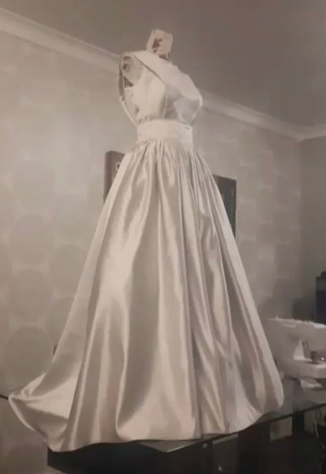 Gown using oyster satin Supreme 2