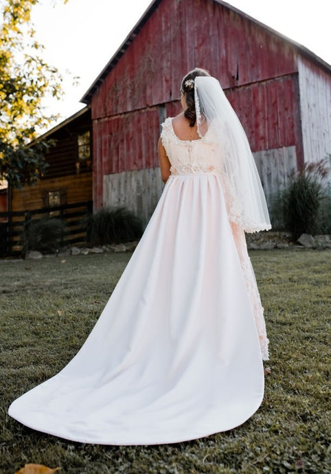 Wedding dress train in blush satin Majestic 1